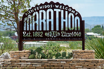 Welcome to Marathon sign.