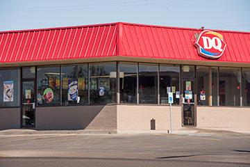 The front of the Dairy Queen.